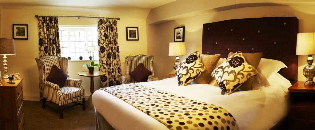 feature-bedroom2