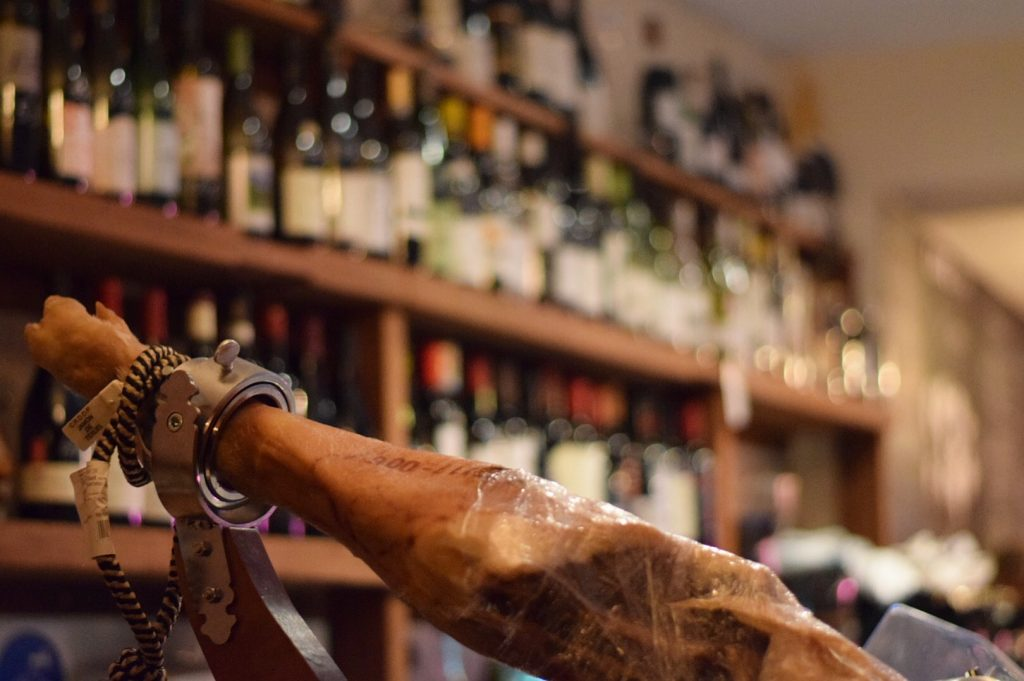 Cave du Cochon York wine bar 2