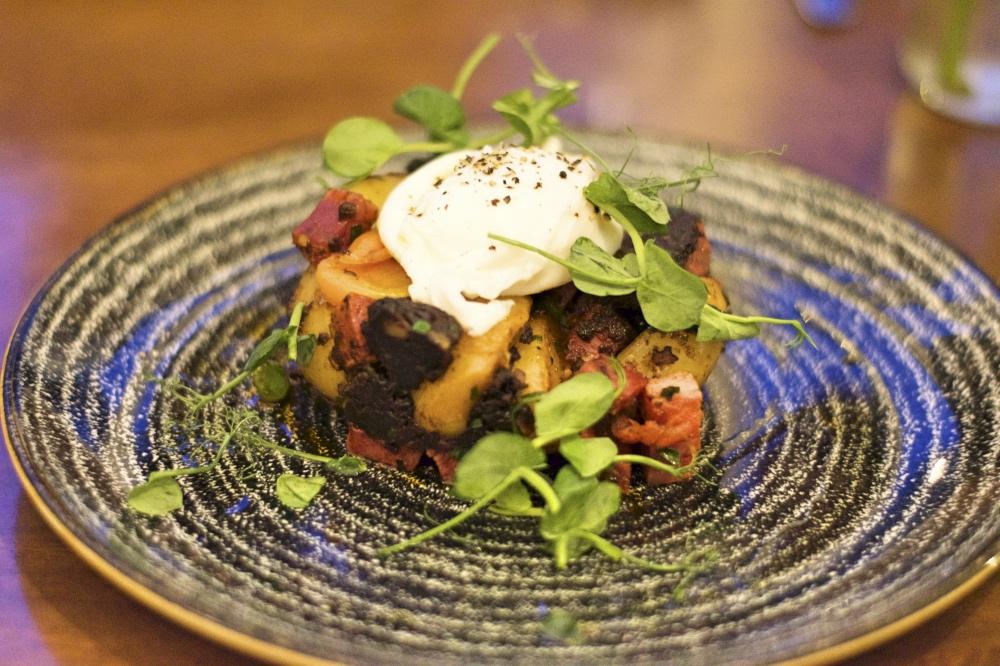 Rising Sun Inn Sheffield Review Fulwood Road black pudding chorizo hash