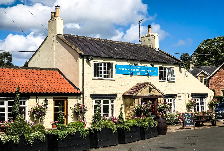 Carpenters Arms Felixkirk review outside