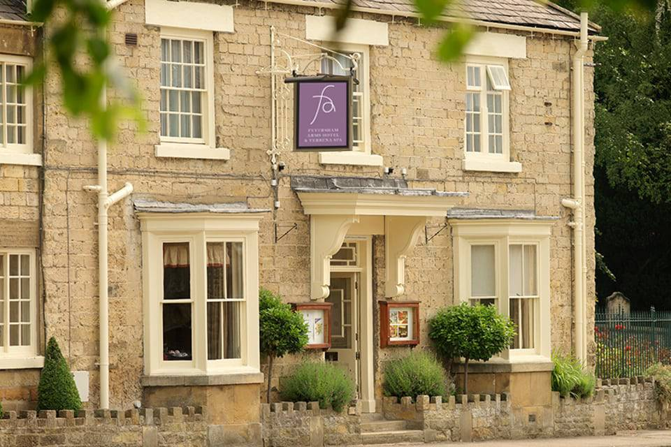 Feversham Arms Helmsley Deals Hotel Entrance