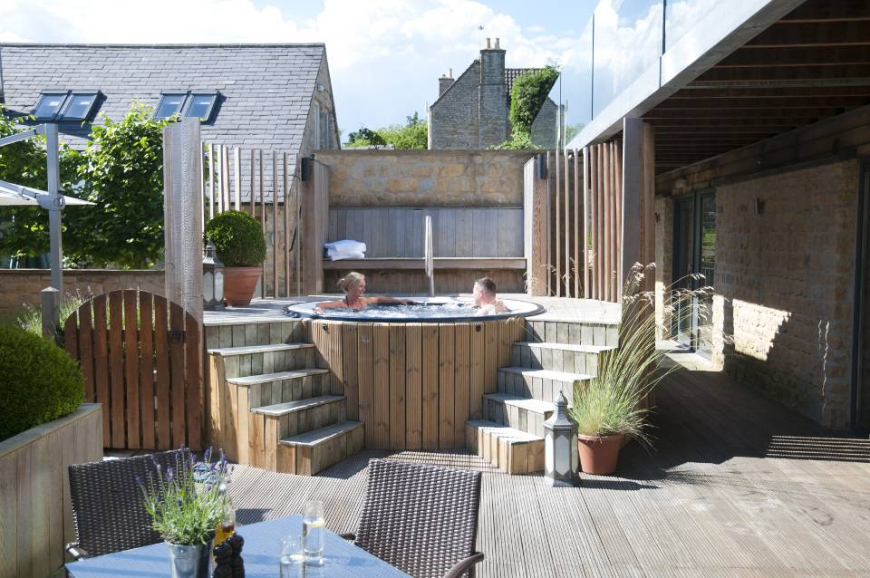 Feversham Arms Offer Jazcuzzi