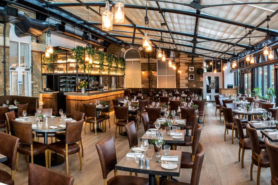 Refectory York Sunday Lunch restaurant interior image