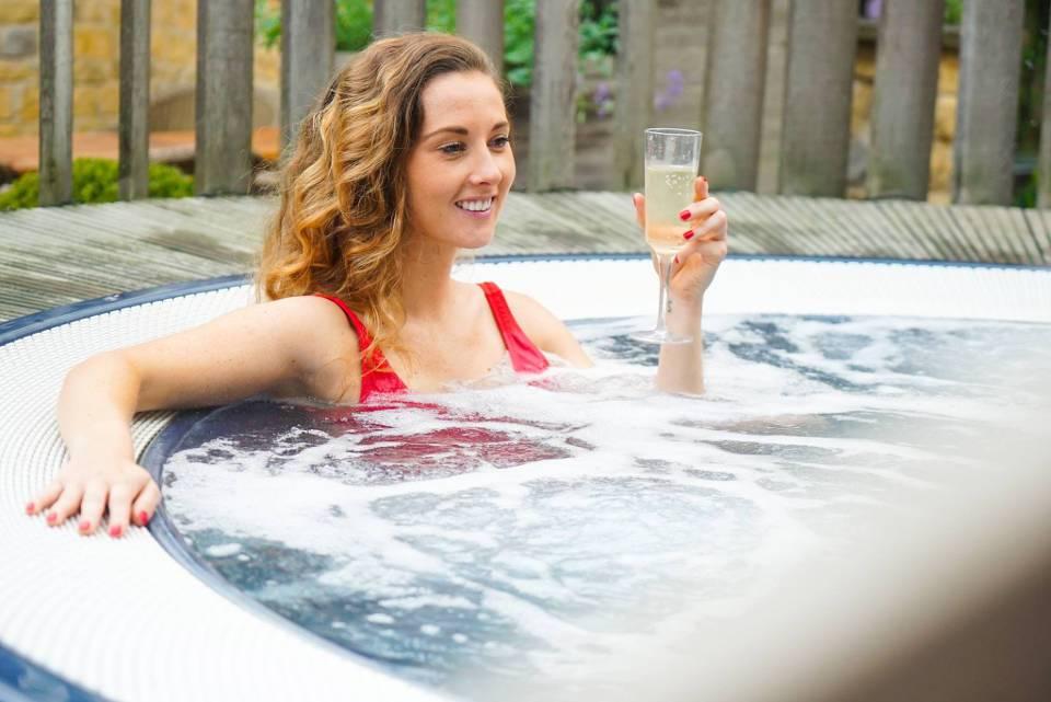Feversham Arms Helmsley Offer Hot Tub