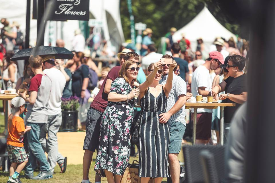 Pub in the Park Roundhay 2019 Crowd