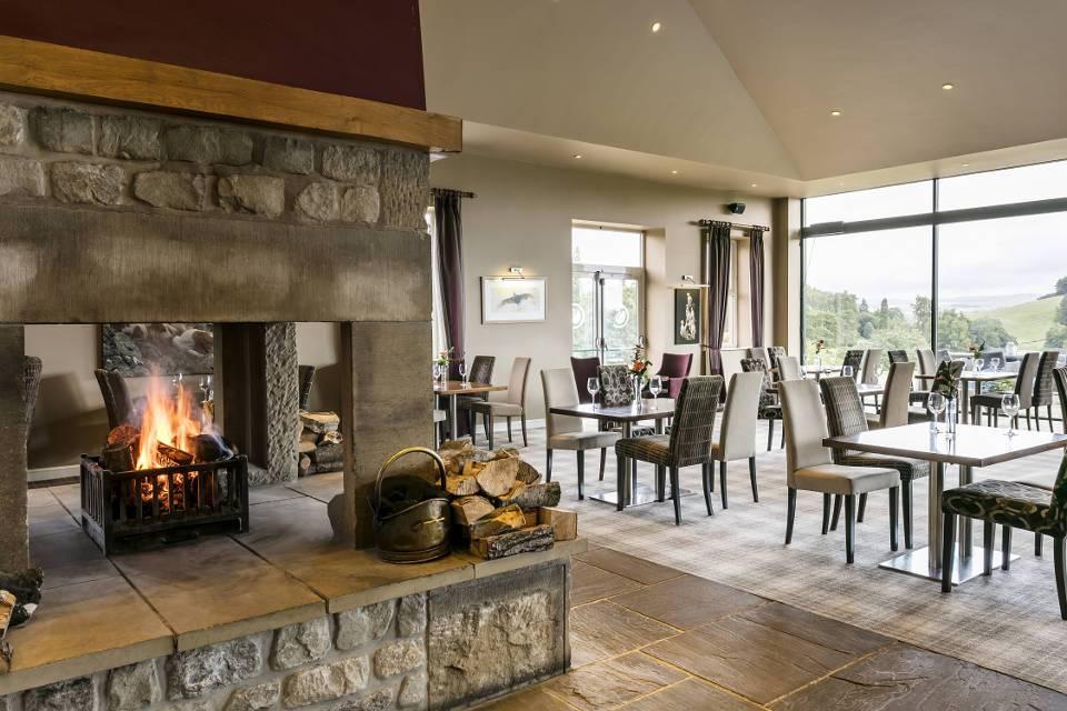 Hunstman's Lodge Restaurant Interior