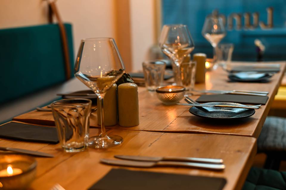 Elsworth Kitchen Skipton review table setting