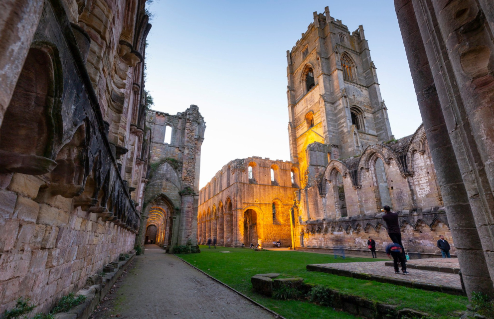 fountains abbey things to do in yorkshire