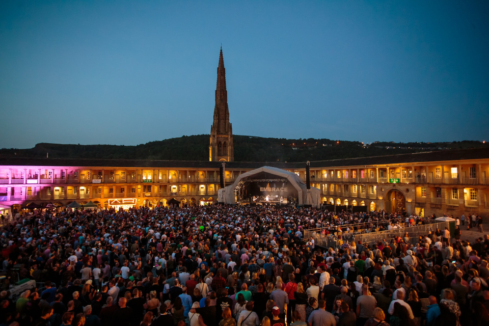 piece hall things to do in yorkshire