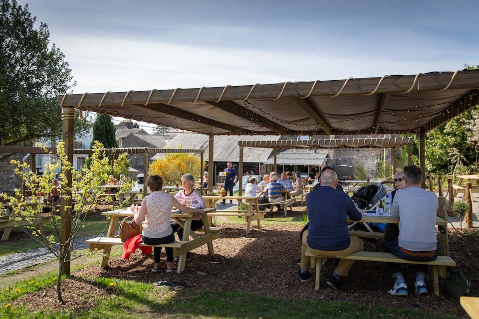 Black Bull Sedbergh Press Release - Outdoor dining