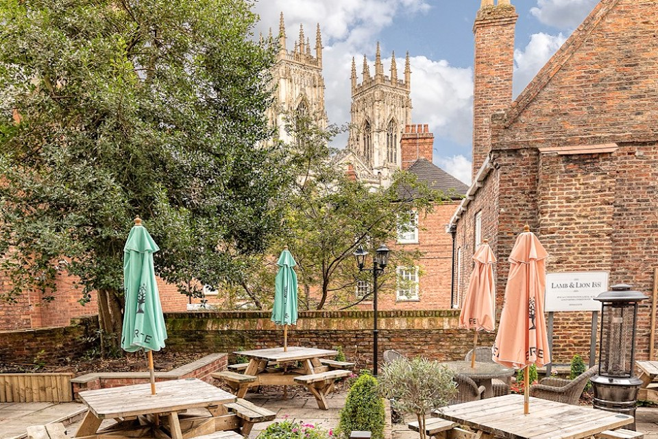 Lamb and Lion york beer garden re-opening April 2021