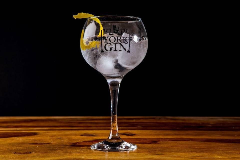 york gin cocktail