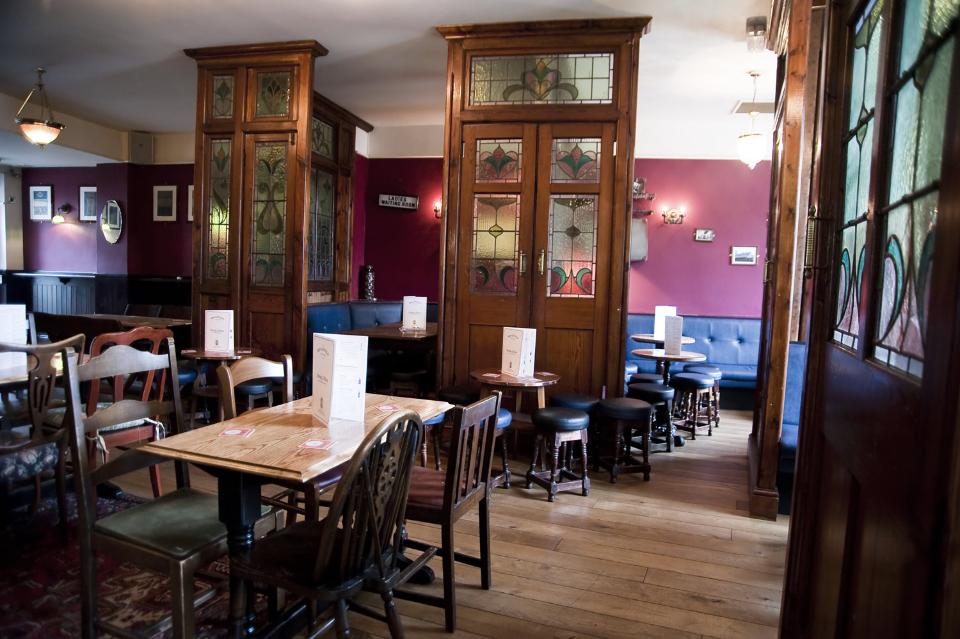 Broadfield Ale House - Best Sunday lunch in Sheffield