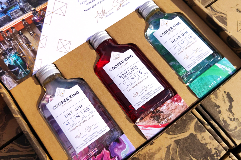 Cooper King gin distillery sharing box 1 close up