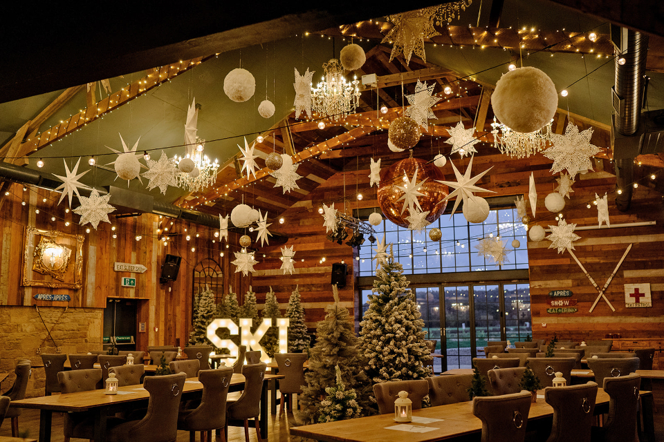 Wharfedale Grange Ski Lodge Bar Grill interior shot