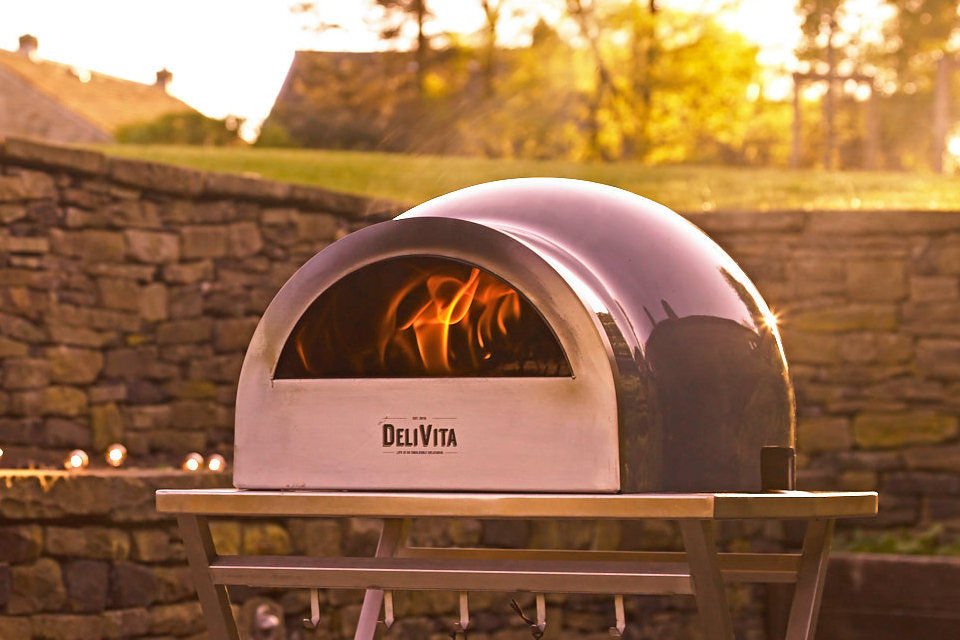 Delivita pizza oven hale grey sunset landscape