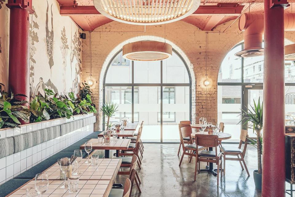 Domo Restaurant, Bar & Deli