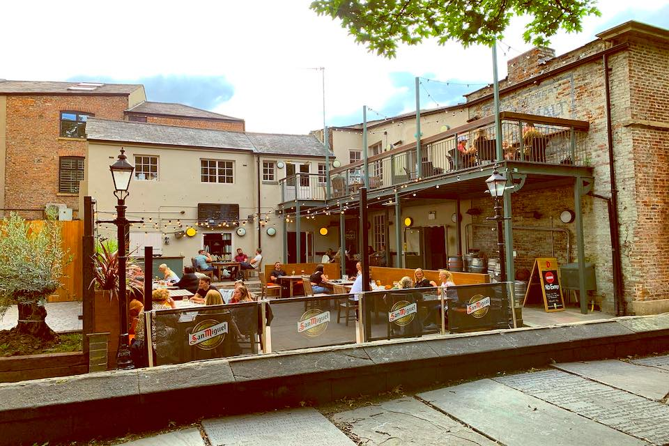 Lamb & Flag - Best Beer Gardens In Leeds