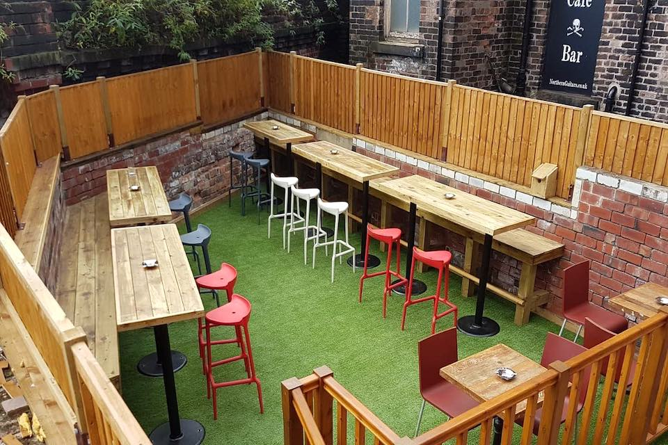 Rolands - Best beer gardens in Leeds