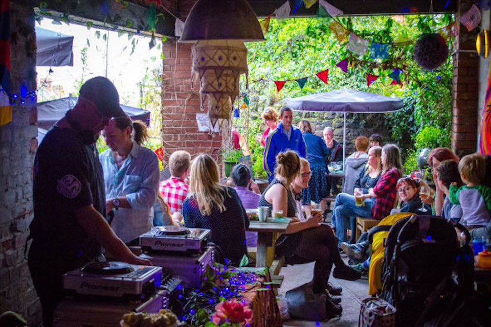 The Hallamshire House - Best beer gardens in Sheffield