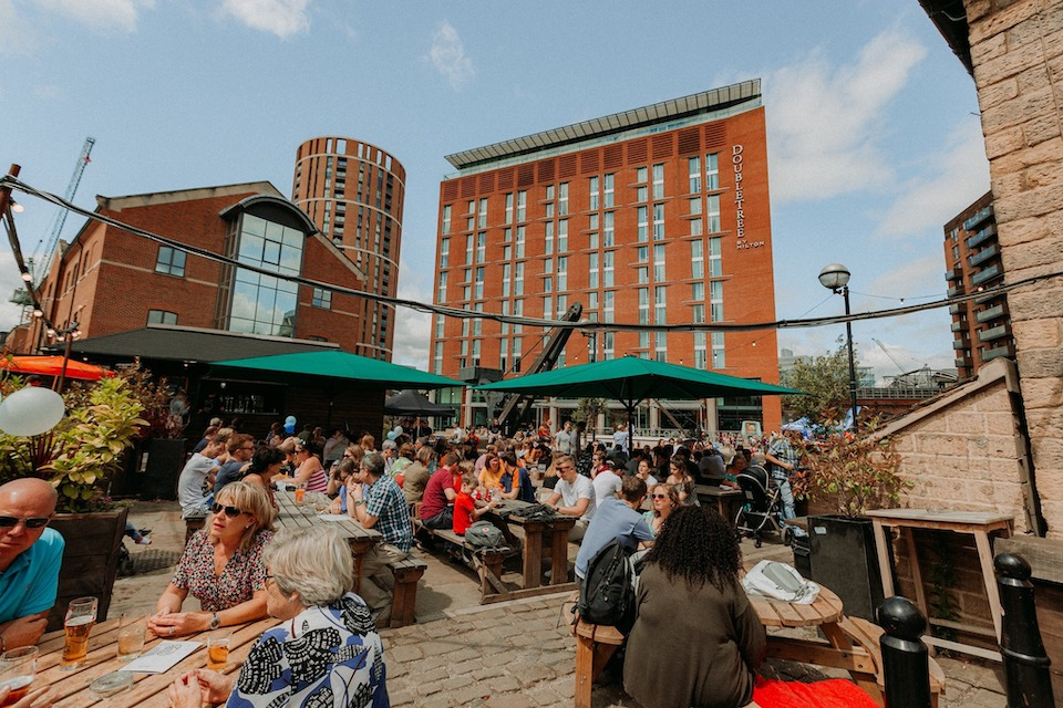 Waterlane Boathouse - Best beer gardens in Leeds