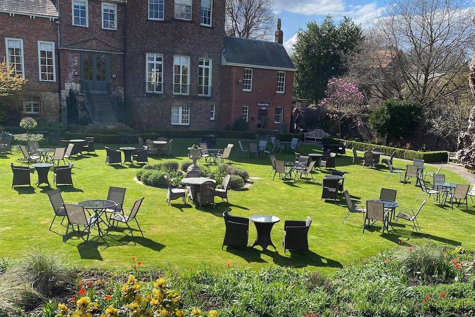 Gray's Court - best beer gardens in York