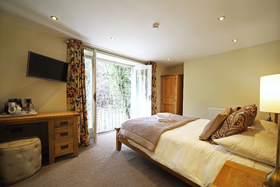 Woodman Inn rooms