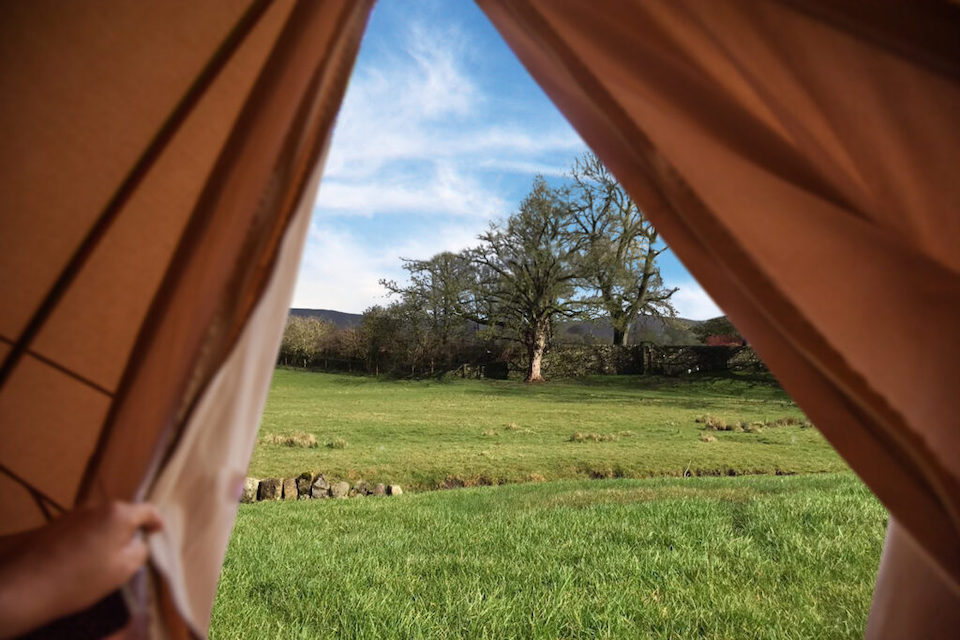 devonshire arms spa bell tent