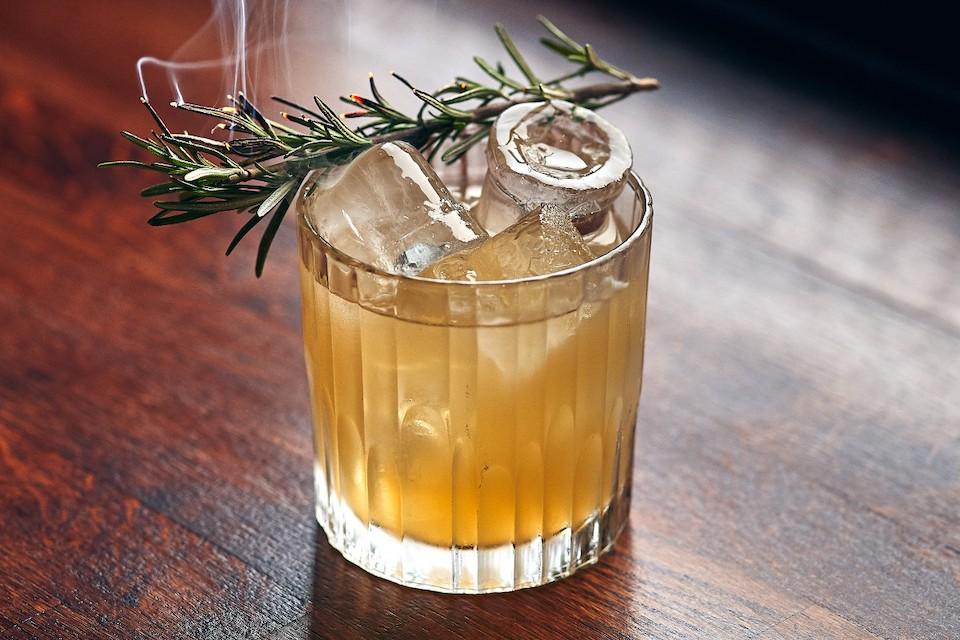 Best cocktails in leeds - mojo