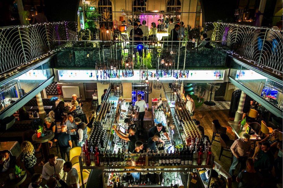 bars in york - biltmore