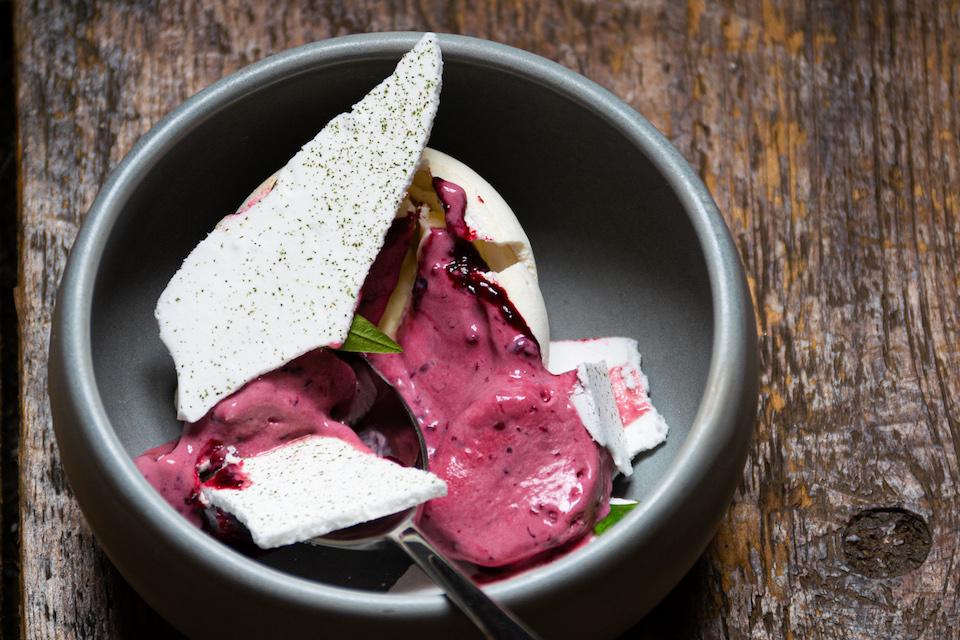 Rattle Owl York voucher - pavlova tasting menu dish